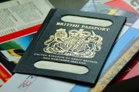 Los Brincos nos enseñan 'El pasaporte'