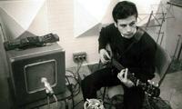 Enrique Lozano y su Gibson Melody Maker, circa 1965