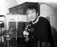 Lennon y su Vox AC15, Cavern Club, 22 de agosto de 1962