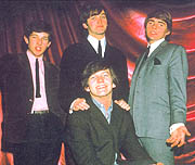 Wayne y The Mindbenders en 1963.